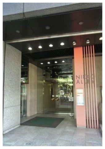 東梅田から徒歩1分の大阪日興ビル